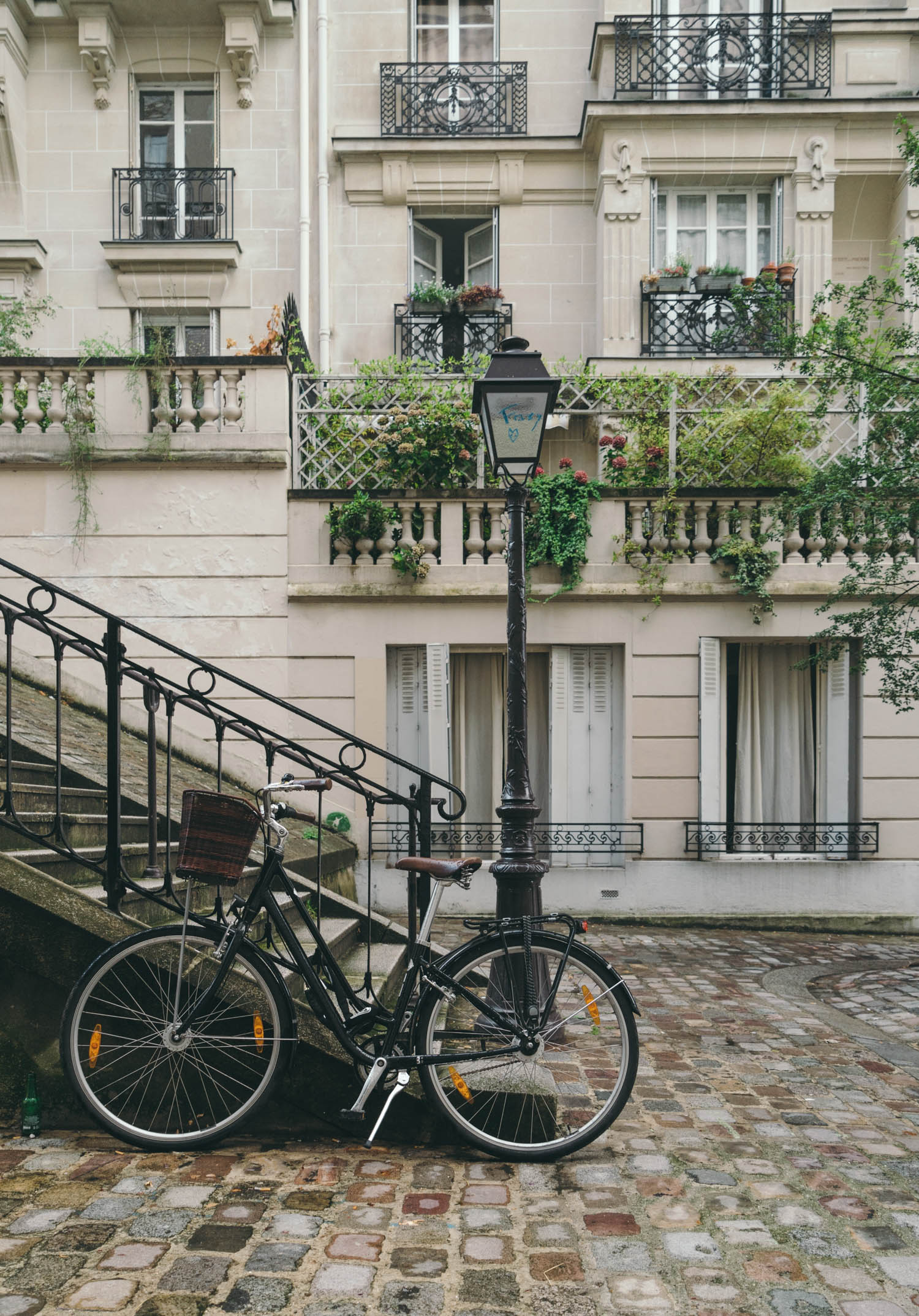 The Ultimate Paris Neighborhood Guide (and which best fits your personality!)